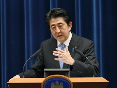 安倍内閣総理大臣記者会見-平成26年11月18日