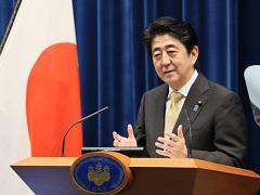 安倍内閣総理大臣記者会見【手話版】-平成27年9月25日