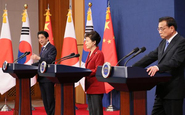 日中韓首脳共同記者発表-平成27年11月1日
