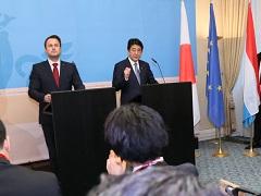 日・ルクセンブルク共同記者会見-平成27年12月1日