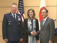 平成27年12月4日(金)午後2-ケネディ駐日米国大使との共同記者発表