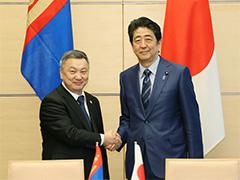 日・モンゴル署名式-平成28年6月2日