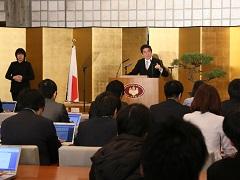 安倍内閣総理大臣年頭記者会見-平成29年1月4日