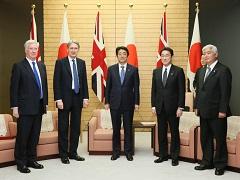 ハモンド英外務・英連邦大臣及びファロン英国防大臣による表敬-平成28年1月8日