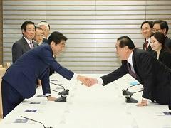 日韓・韓日議員連盟一行による表敬-平成28年1月13日