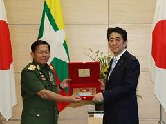 ミャンマー国軍司令官等による表敬-平成29年8月4日