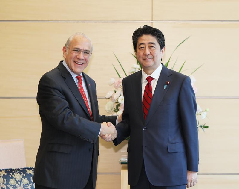 グリアOECD事務総長による表敬-平成30年4月12日