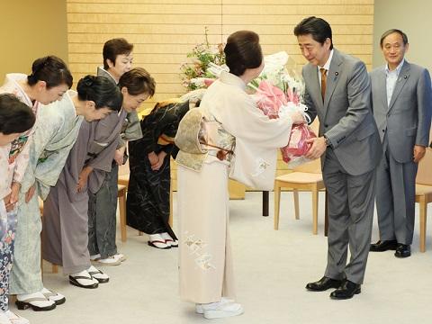 北海道女将の会による表敬-平成30年9月21日