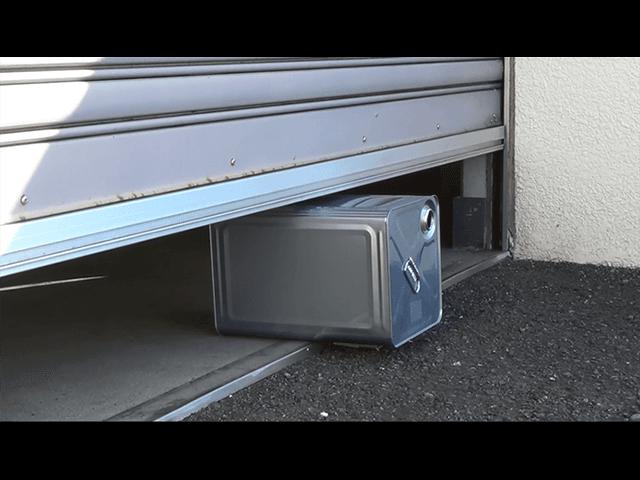 電動シャッターの安全装置