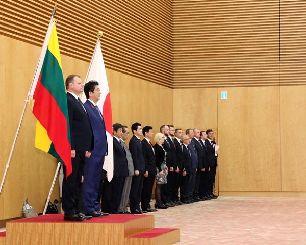 日・リトアニア首脳会談等-平成30年10月12日