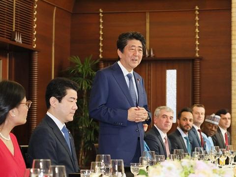 日本語を話す駐日各国大使との昼食会-平成30年12月14日