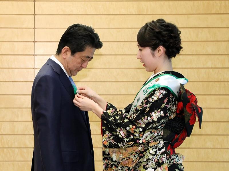 ミス日本みどりの女神及び日本のさくらの女王等による表敬(緑の羽根キャンペーン)-平成31年4月12日
