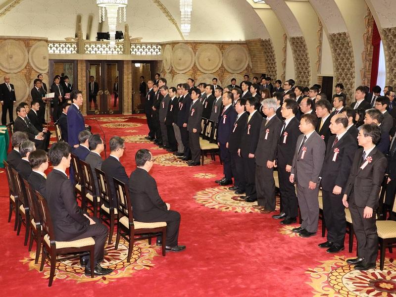 内閣及び内閣府永年勤続者表彰式-令和元年12月20日